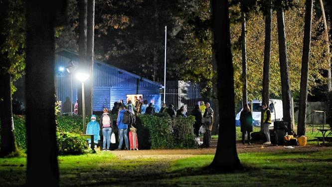 Honderd asielzoekers uit Ter Apel zijn in Oisterwijk gearriveerd: Brabant geeft gehoor aan kabinet