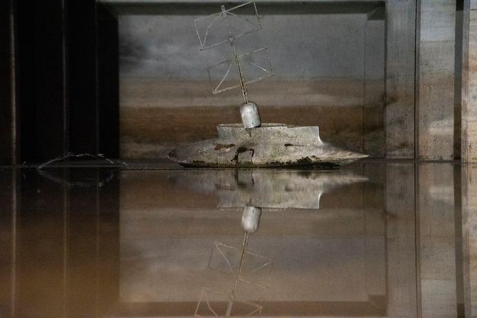 Een werk van Willy Segers in de ondergelopen kelders van de gebouwen.