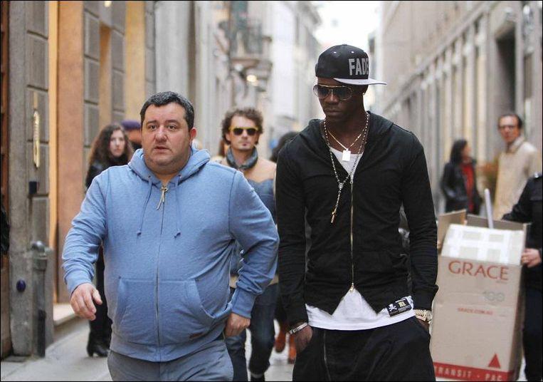 Raiola met Balotelli.