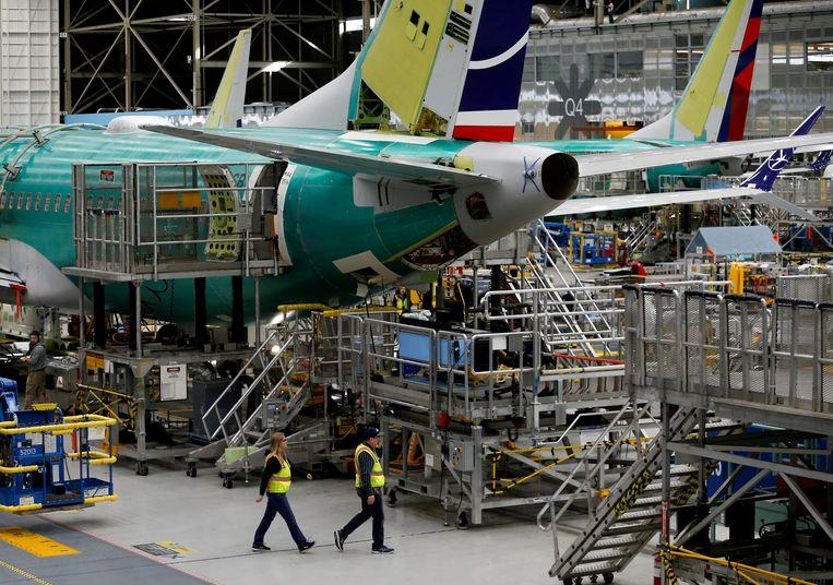 Werknemers in een Boeing-fabriek in het Amerikaanse Renton.  Beeld REUTERS