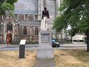 Het beeld van Leopold II in het dorpscentrum van Ekeren is voor de derde keer op korte tijd het mikpunt van vandalen geworden.