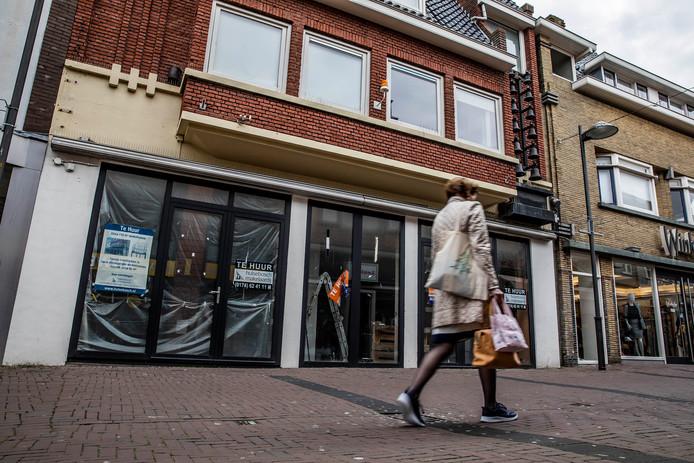 Lege winkelpanden in het centrum van Naaldwijk.