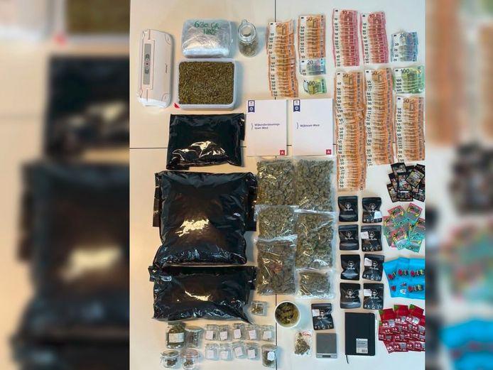 De politie trof tijdens de huiszoeking zo'n 5 kilogram drugs aan.