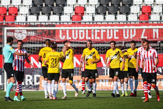 NAC kon vrijdagavond in Rotterdam twee keer juichen. De Bredanaars speelden een uitstekende wedstrijd op het Kasteel en versloegen de eredivisionist: 1-2.
