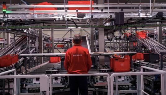 Het nieuwe geautomatiseerde distributiecentrum in Utrecht.