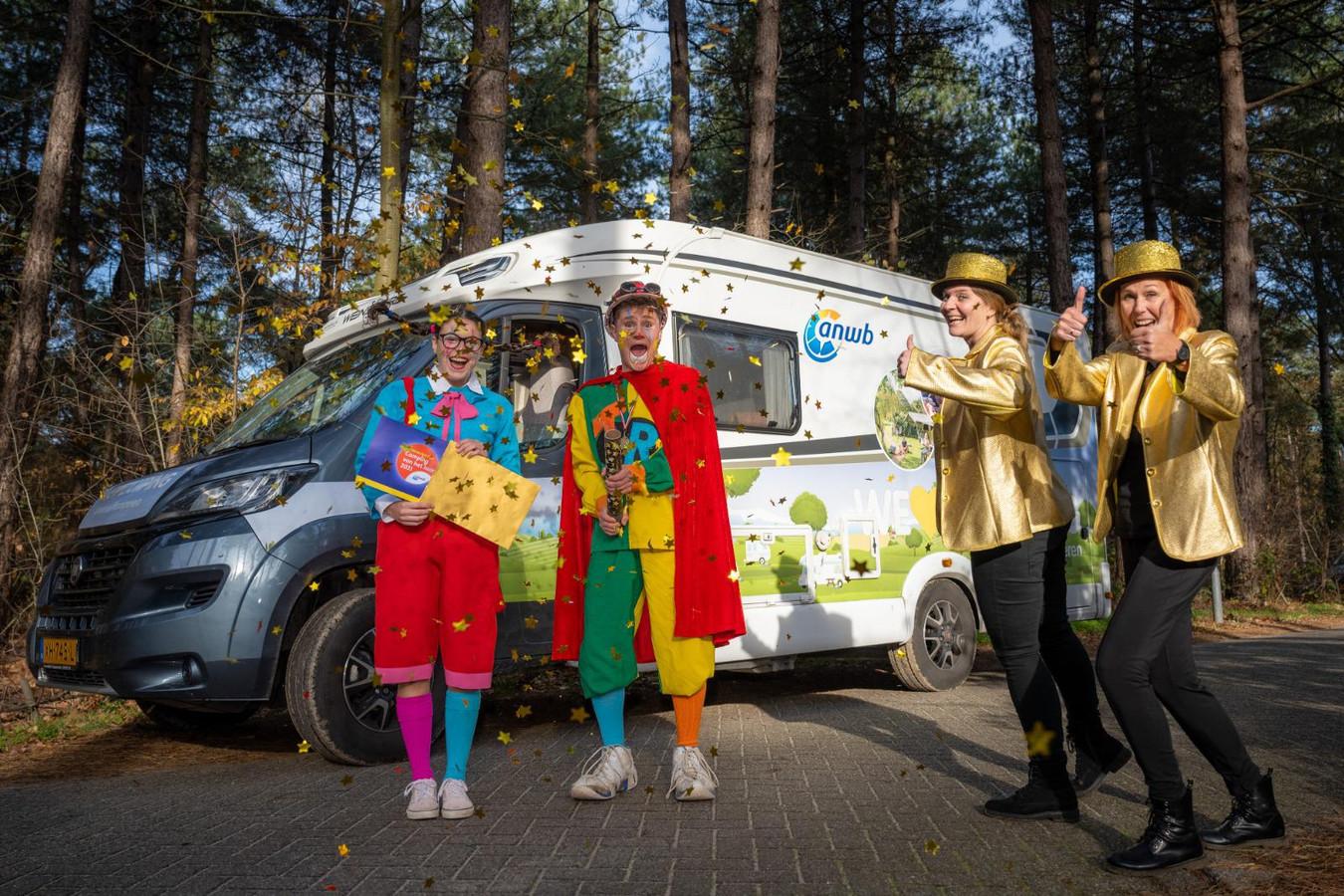 De ANWB kwam naar Camping de Paal toe om de nominatie bekend te maken.