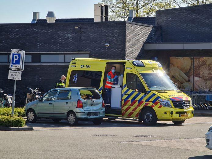 Bij een ongeval in Barneveld liep een vrouw verwondingen op aan haar gezicht.