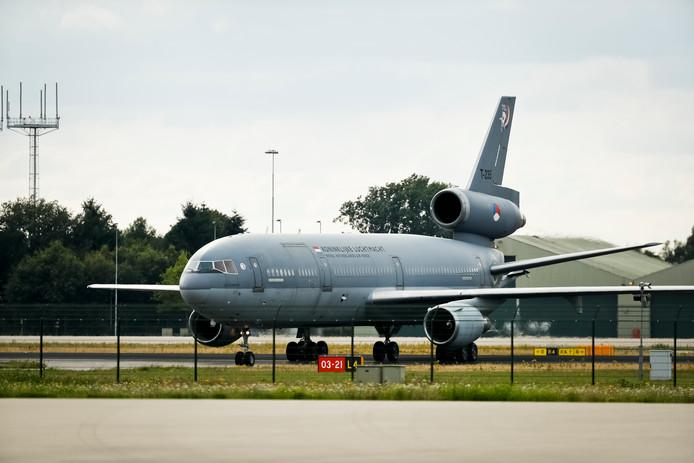De oude KDC-10 vliegtuigen op vliegbasis Eindhoven worden vervangen.