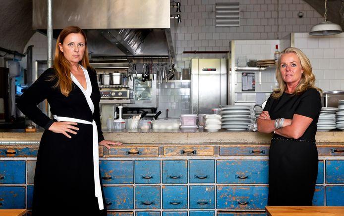 Iris Wulffraat (links) en Nina Hooimeijer van Koninklijke Horeca Nederland (KHN) afdeling Rotterdam in Bird - de onderneming van Hooimeijer.