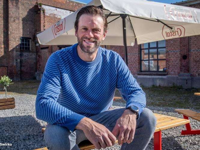 """Sven van De Mol is nu uitbater van de bekendste croquebar van het land: """"Het had geen haar gescheeld, of de mol was niet ontmaskerd dit jaar"""""""