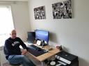 Leander Stellemans uit Oostburg werkt al vijftien jaar thuis.