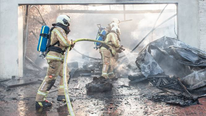 Uitslaande brand woedt in pand aan de Verlorenstraat in Ronse