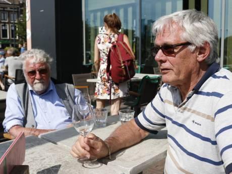 Een biertje op een Utrechts terras is best duur, maar mensen blijven wél komen