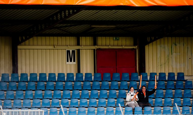 2013: Lege tribunes tijdens de oefeninterland van het Nederlandse vrouwenelftal tegen Australië. Beeld ANP/Robin Utrecht