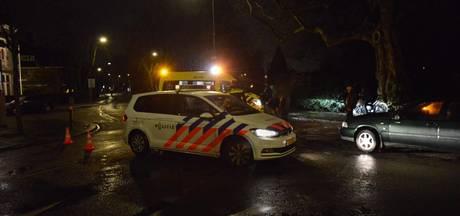 Fietsster aangereden door auto bij Wilhelminapark in Breda