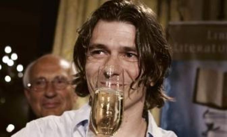 De Vlaming Dimitri Verhulst won in 2009 de Libris Literatuurprijs. (FOTO ANP ) Beeld
