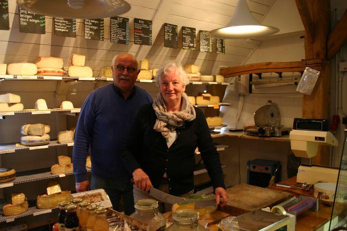Cees en Leonie van Roessel houden na 20 jaar op met hun biowinkel De Dobbelhoeve.