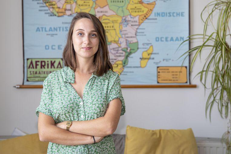 Juf Annabel Van den Broucke uit Molenbeek zet zich schrap voor een pittig schooljaar. Beeld Xavier Piron / Photonews