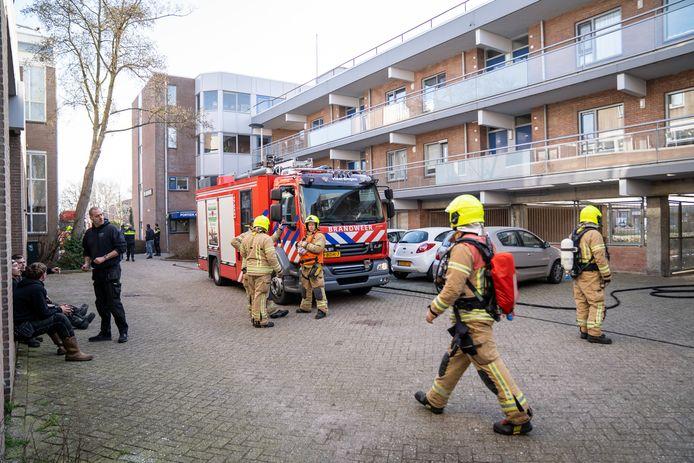 Hulpdiensten rukten donderdagmorgen uit naar de Baarnhoeve in Vlaardingen.