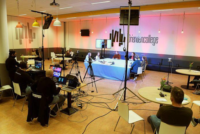 Het Griendencollege in Sliedrecht pakte flink uit met een talkshow.