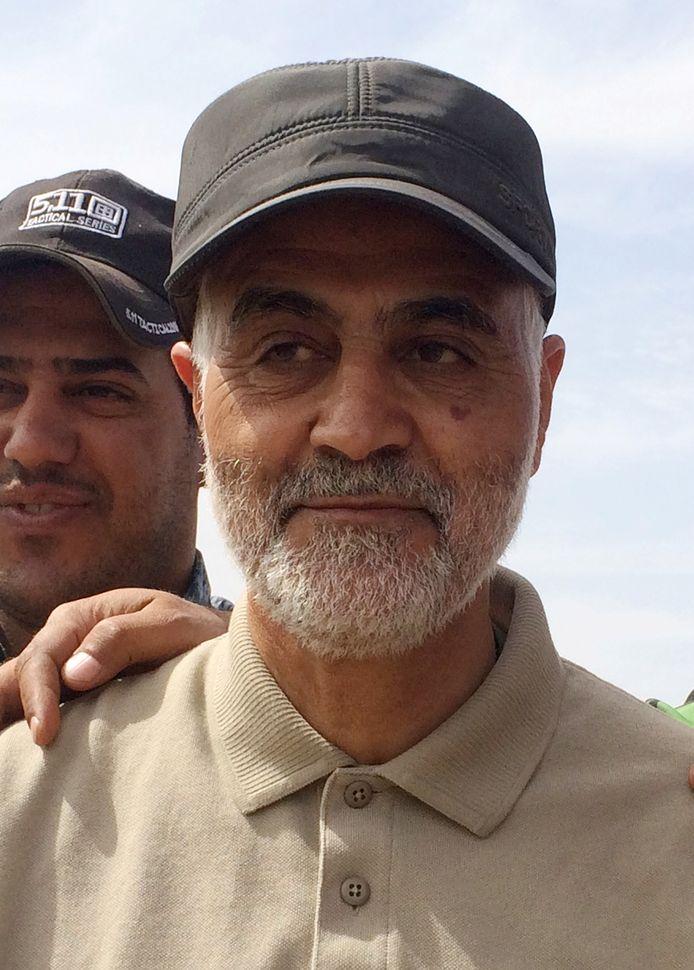 De Iraanse generaal Qassem Soleimani is bij de raketaanval op de luchthaven van Bagdad omgekomen.