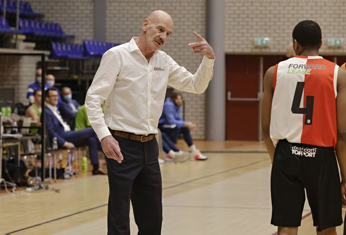 Feyenoord Basketball-coach Toon van Helfteren.