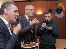 De vegaburger van Stijn (14) uit Oss smaakt naar meer: 'Ook zonder vlees kan je iets lekkers maken'