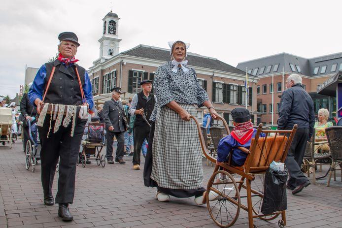 De Oud Veluwse Markt in Barneveld in het pre-coronatijdperk.