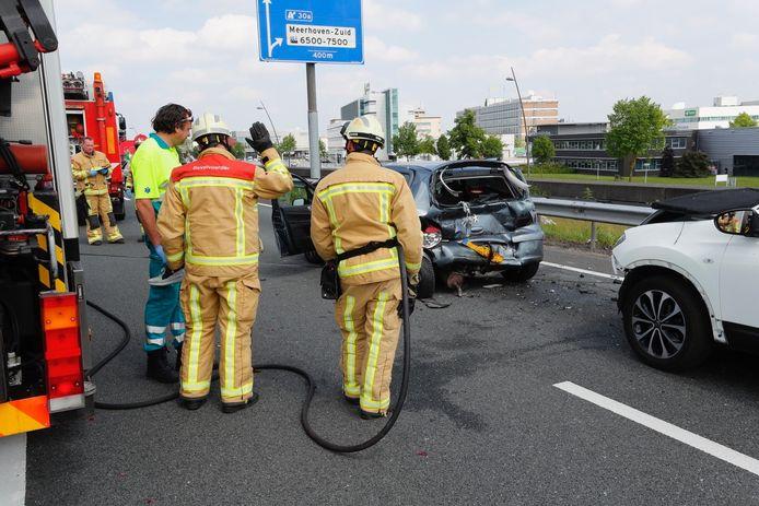 Vijf gewonden bij ongeluk op N2 bij Eindhoven