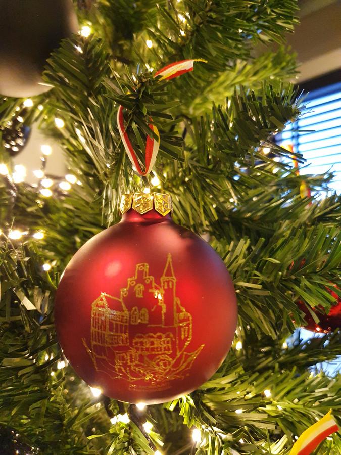 De Moriaan op een kerstbal