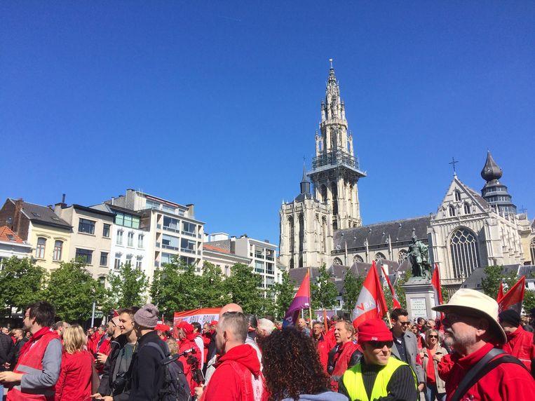 De mars voor de koopkracht in Antwerpen. Beeld MLS