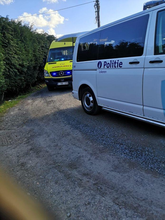 De hulpdiensten en politie kwamen ter plaatse na het incident.