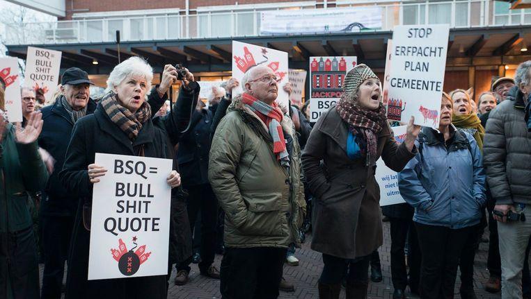 In januari werd bij de Stopera gedemonstreerd tegen het erfpachtplan van Amsterdam Beeld Charlotte Odijk