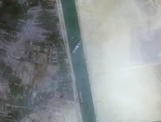 """Memes Suezkanaal blijven toestromen: """"Iedereen maakt fouten, maar meestal zijn ze niet zichtbaar vanuit de ruimte"""""""