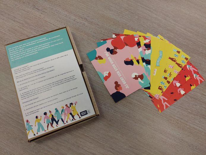 De doosjes belanden op 8 maart bij 360 Genkse vrouwen.