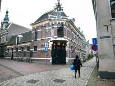 Politiek: verbied de verkoop van panden met sociale huurwoningen aan investeerders