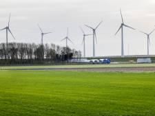 Groen licht voor windmolens langs de A16