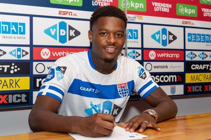 Daishawn Redan is de tweede aankoop van PEC Zwolle op Deadline Day.