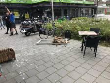 Volledig raamkozijn valt naar beneden op terras in Eindhoven: 'Hier hadden doden kunnen vallen'
