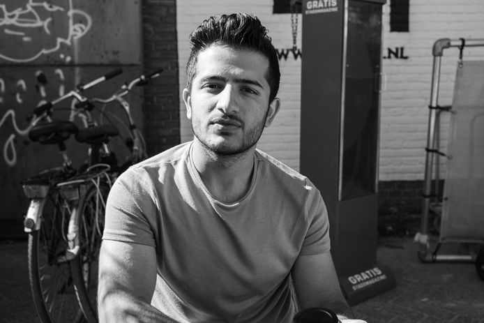 De 18-jarige Kamiran Rashid vluchtte in 2018 in zijn eentje vanuit Syrië. Fotograaf Bernard de Graaf maakte een fotoboek over zijn integratie in Nederland.