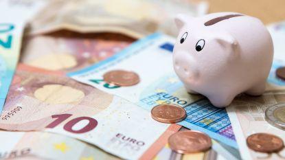 Belg spaart lustig voort: voor het eerst meer geld op zichtrekeningen dan op spaarboekjes