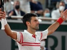 Djokovic houdt gravelkoning Nadal uit finale Roland Garros in adembenemend gevecht