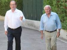 """L'hommage poignant de François Hollande à son père décédé: """"J'aurais voulu l'embrasser une dernière fois"""""""