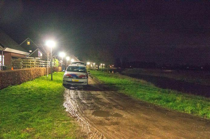 De politie zette dinsdagavond een grote zoekactie op in Giethoorn.