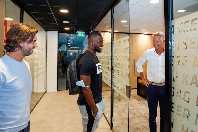John De Jong Zet Na Komst Mvogo Onder Meer In Op Behoud Van Denzel Dumfries Voor Psv Psv Ed Nl