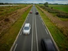 Gemeenten: Verhoog middenberm Maas en Waalweg zodat wisselen van weghelft onmogelijk wordt