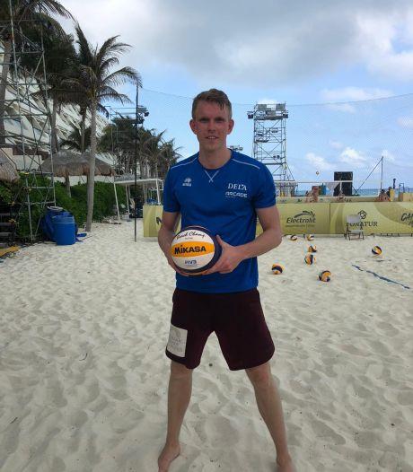 26-jarige Bornenaar speelt beachvolleybal tegen de besten van de wereld op Mexicaans strand