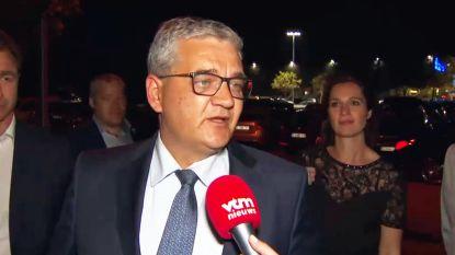 """Vandeput in tranen na overwinning in Hasselt: """"Ik stop als minister van Defensie"""""""