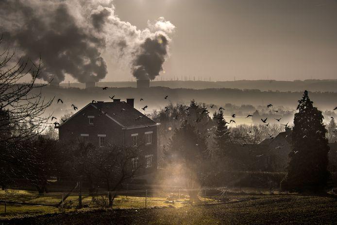 De sector van de warmtekrachtkoppeling schat dat er tegen 2025, wanneer volgens de huidige wetgeving de laatste kerncentrale de deuren moet sluiten, duizend megawatt aan vermogen kan bijkomen. Dat is het equivalent van een grote kerncentrale.