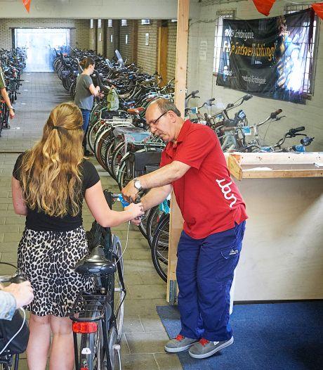 Doek valt voor geliefde fietsenstalling bij station Oss